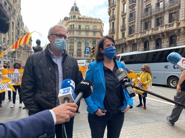 La presidenta de l'Assemblea Nacional Catalana (ANC), Elisenda Paluzie, i el vicepresident de l'ANC, David Fernández.