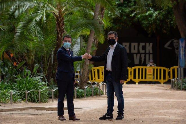 Pere Aragonès (ERC) i Jordi Sànchez (Junts) presenten l'acord de govern.