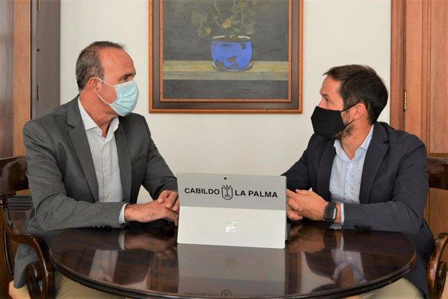El presidente del Cabildo de La Palma, Mariano H. Zapata, y el consejero de Turismo, Raúl Camacho