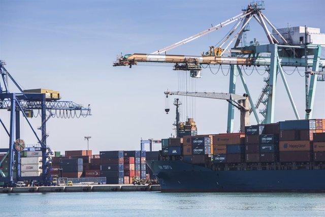 Archivo - Arxive - Port de València