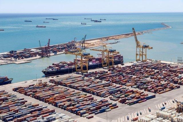 Arxiu - Contenidors al Port de Barcelona.