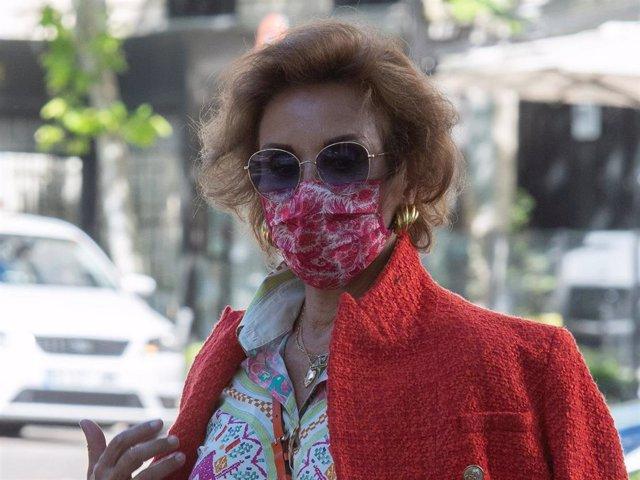 Naty Abascal disfrutó con una amiga de las buenas temperaturas de la capital