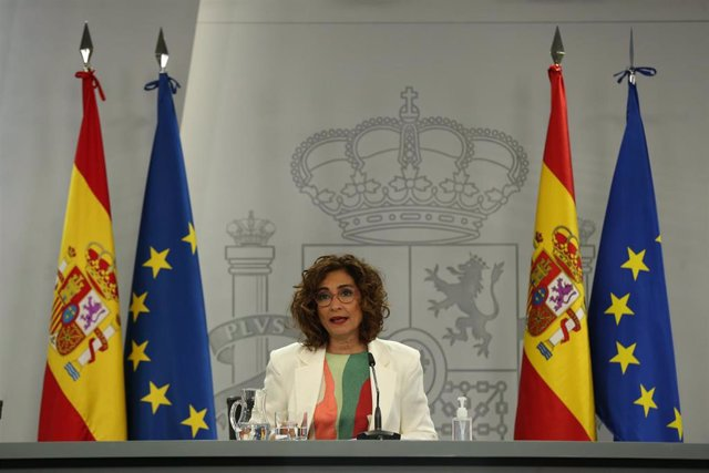La ministra Portavoz y de Hacienda, María Jesús Montero, comparece en rueda de prensa posterior al Consejo de Ministros celebrado en Moncloa, a 11 de mayo de 2021, en Madrid (España).
