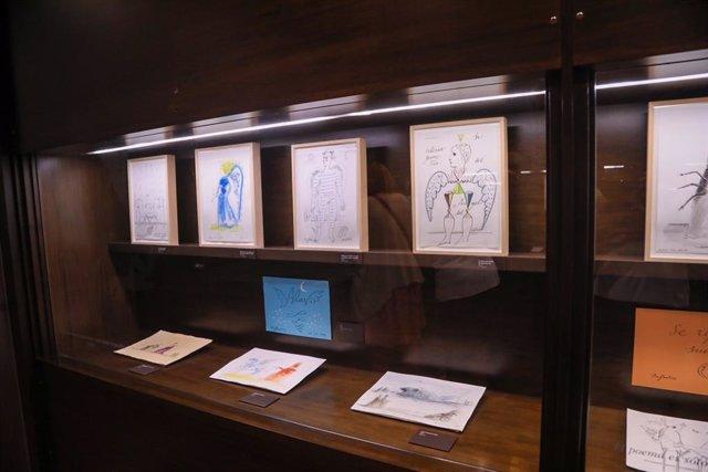 La Fundación Pérez Estrada reabre la sala del legado del artista en el Archivo Municipal con una muestra permanente