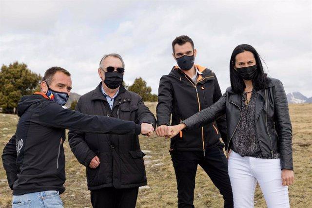 Marticella, Montané, Forné i Molné al terreny on se situarà el nou parc solar.