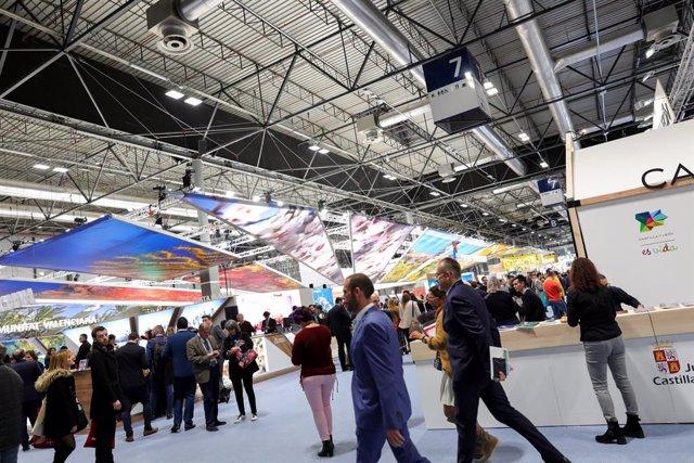 Archivo - Pabellón de España en Ifema con stands de cada comunidad autónoma durante la inauguración de la Feria Internacional de Turismo de Madrid, FITUR 2020 (22-26 enero) en Madrid (España), a 22 de enero de 2020.