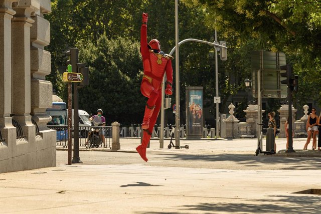 """Archivo - Llega la temporada 2 de El Vecino a Netflix: """"Titán está más cerca de Deadpool que de Iron Man"""""""