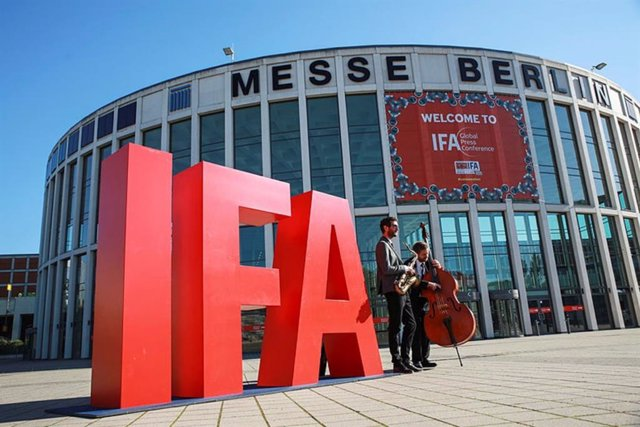 Exterior de la feria de tecnología IFA de Berlín