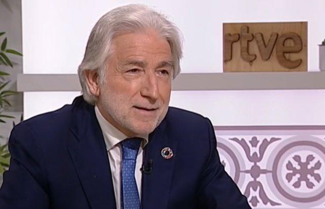 El president de Foment del Treball, Josep Sánchez Llibre, durant una entrevista a Ràdio 4.