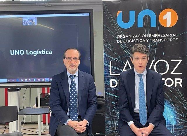 El director general de Transporte Terrestre, Jaime Moreno, y el presidente de UNO Logística, Francisco Aranda