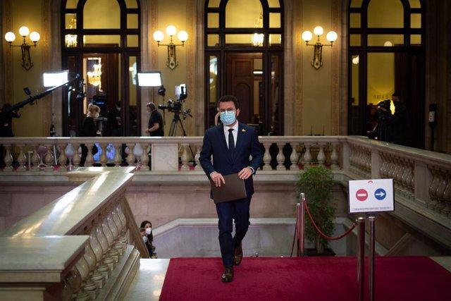 El candidat d'ERC a la Presidència de la Generalitat, Pere Aragonès a la seva arribada al ple d'investidura.