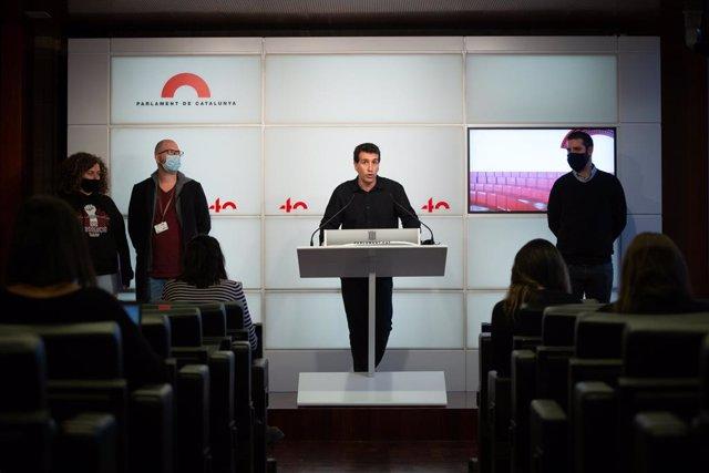 Archivo - Arxivo - El diputat dels Comuns, Marc Parés, intervé en una roda de premsa de JxCat, ERC, Comuns i la CUP, a Barcelona, Catalunya, (Espanya), a 11 de novembre de 2020.