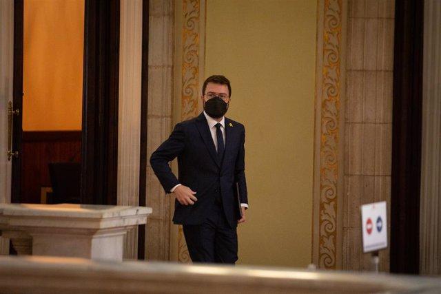 El vicepresident en funcions del Govern, Pere Aragonès, arriba al ple d'investidura.