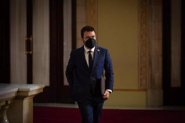 El nuevo presidente de la Generalitat, Pere Aragonès, en su llegada al Parlament para el pleno de investidura.