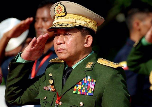 Archivo - El jefe del Ejército de Birmania, Min Aung Hlaing
