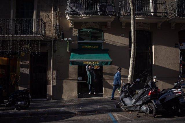 Archivo - Arxivo - Una cafeteria a Barcelona.