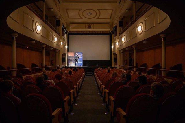 El Teatro Apolo acoge el estreno de 'José Ángel Valente. Escribir Lugar'.