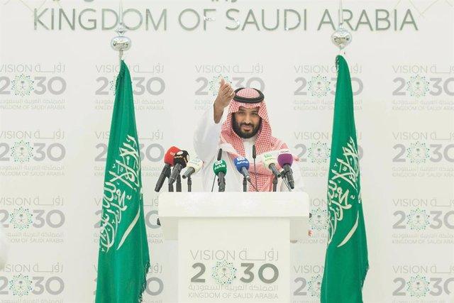 22 April 2021, Saudi Arabia, Riyadh: Crown Prince of Saudi Arabia Mohammed bin Salman takes part in an event on the occasion of Earth day. Photo: -/Saudi Press Agency/dpa
