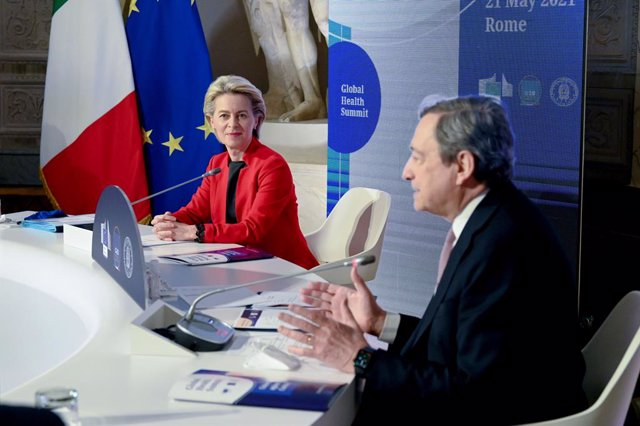 HANDOUT - 21 May 2021, Italy, Rome: Italian Prime Minister Mario Draghi (R) and European Commission President Ursula von der Leyen attend the Global Health Summit at the villa Doria Pamphilj. Photo: Etienne Ansotte/European Commission/dpa - ATTENTION: edi