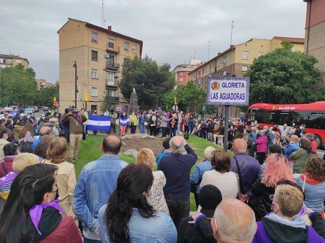 Concretación en repulsa del presunto asesinato machista de una mujer en Las Fuentes, en Zaragoza.