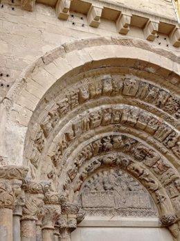Comienza la restauración de la portada norte de la Iglesia de El Salvador de Ejea de los Caballeros.