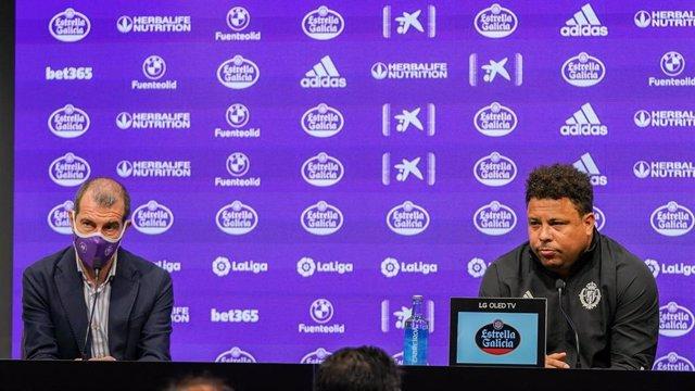 El máximo accionista del Real Valladolid, Ronaldo Nazario, en rueda de prensa