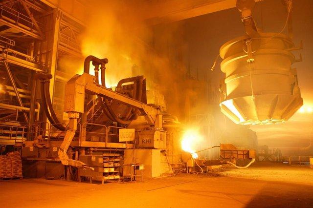 Archivo - Arxivo - Instal·lació siderúrgica.