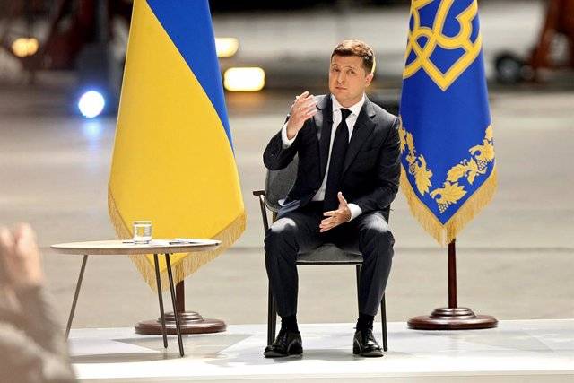 20 May 2021, Ukraine, Kyiv: Ukrainian President Volodymyr Zelensky speaks during a press conference at Antonov Serial Production Plant ·on the occasion of two years being in office. Photo: -/Ukrinform/dpa