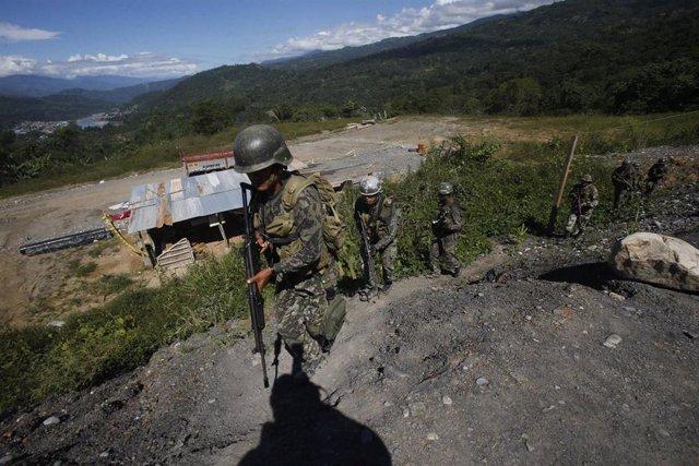 Militares en la región del VRAEM, donde tiene presencia la guerrilla maoísta Sendero Luminoso