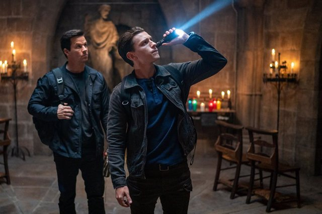 Uncharted Tom Holland y Mark Wahlberg, Nathan Drake y Sully, juntos en la nueva imagen de la película
