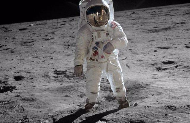 Aldrin fotografiado por Armstrong en la Luna en julio de 1969