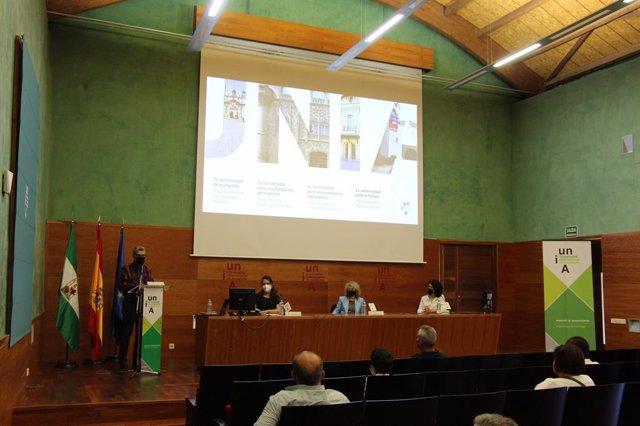 Presentación del libro sobre el patrimonio provincia cubana de Ciego de Ávila.