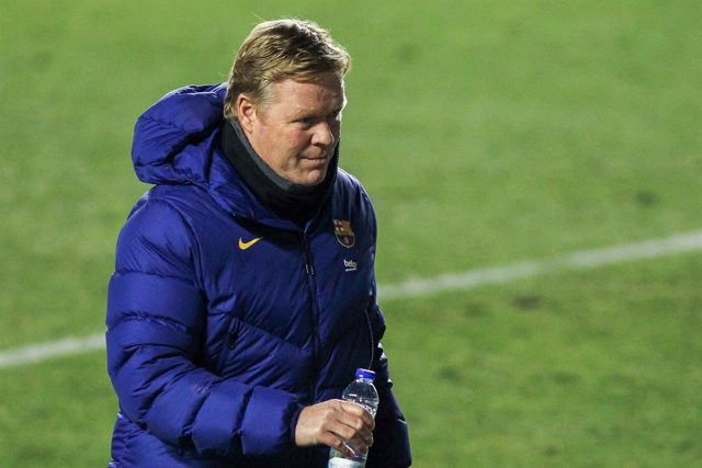 Archivo - Ronald Koeman, head coach of FC Barcelona during the spanish cup, Copa del Rey football match played between Rayo Vallecano and FC Barcelona at Vallecas stadium on January 28, 2021 in Madrid, Spain.