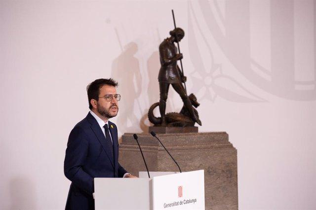 El president de la Generalitat, Pere Aragonès, durant el seu discurs en l'acte de presa de possessió dels nous consellers.