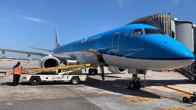 Archivo - Avión KLM.