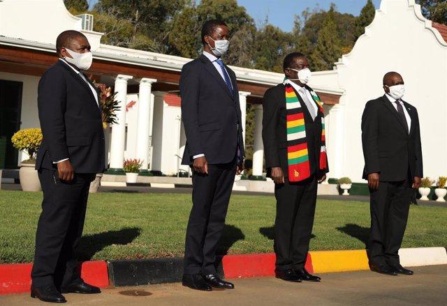 Los presidentes de Mozambique, Filipe Nyusi; de Zambia, Edgar Lungu, de Zimbabwe, Emmerson Mnangagwa; y de Botswana, Mokgweetsi Masisi; en un encuentro anterior de la Comunidad de Desarrollo de África Austral (SADC) .