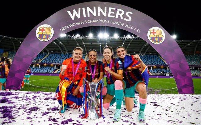 El FC Barcelona femenino ganó la primera Liga de Campeones de su historia.
