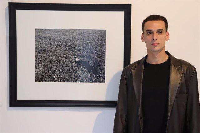 Javier Martín Illanes, ganador del III Certamen 'Artistas Emergentes' de la Universidad Loyola