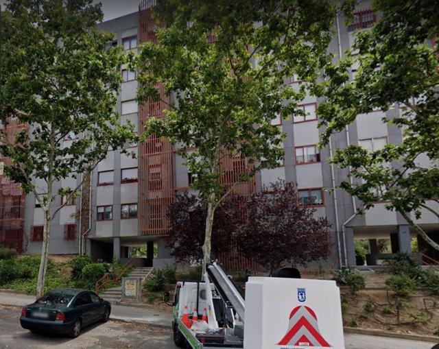 Hallan el cadáver de una mujer que llevaba varias semanas muerta en su casa del barrio de Fuencarral (Madrid)