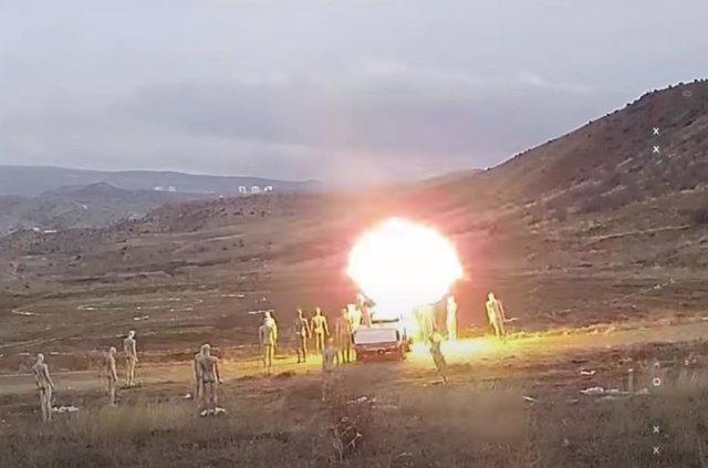 Acción en campo de maniobras del dron armado autónomo KARGU