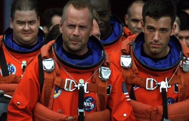 Una simulación de la NASA demuestra hasta qué punto es irreal la película Armageddon de Michael Bay