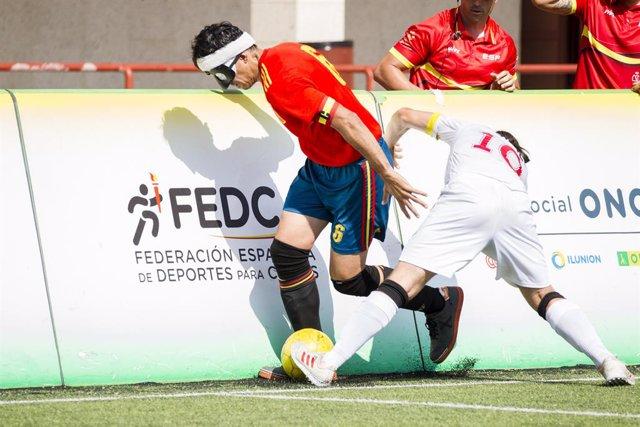 Archivo - España se concentra desde el 13 de septiembre para el campeonato de Europa de fútbol para ciegos, del que es vigente campeona