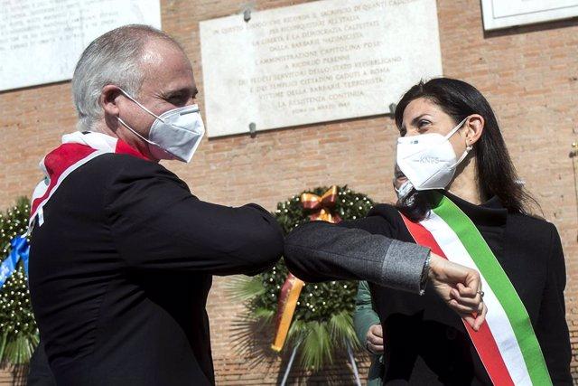 Archivo - Arxivo - L'alcaldessa de Roma, Virginia Raggi, i el president de l'Associació Nacional de Partisanos Italians (ANPI), Fabrizio De Sanctis