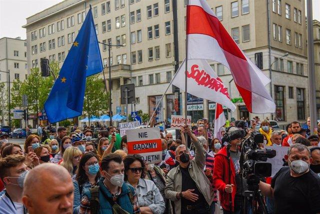 Manifestación en Polonia el pasado lunes contra la detención del periodista opositor de Bielorrusia