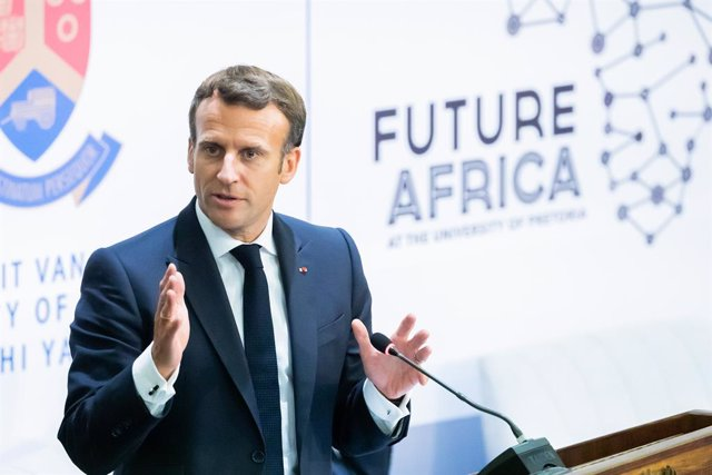 28 May 2021, South Africa, Pretoria: French President Emmanuel Macron speaks during the launch meeting of the Initiative for the Future of Vaccines in Africa at the University of Pretoria. Photo: Christoph Soeder/dpa