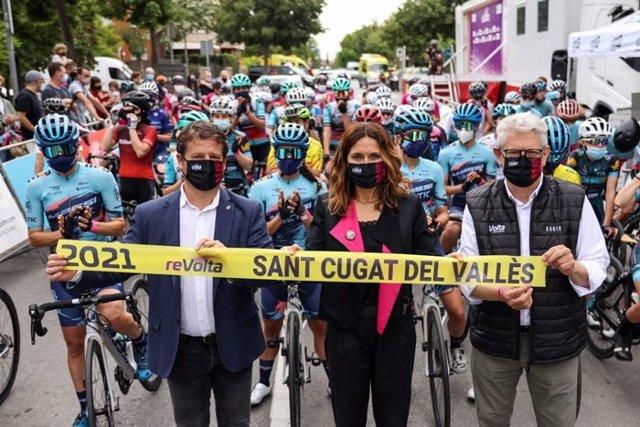 La consellera de la Presidència, Laura Vilagrà, inaugura la reVolta.