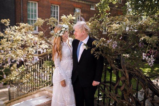 El primer ministre del Regne Unit, Boris Johnson, i la seva esposa, l'activista Carrie Symonds