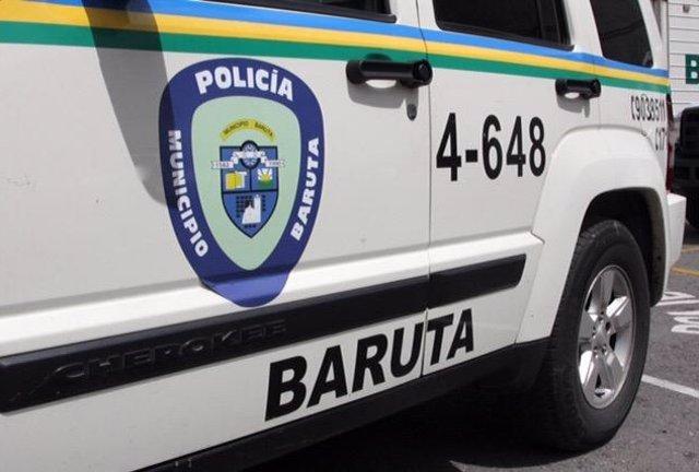 Archivo -     Ocho funcionarios de la Policía de Baruta, así como 4 civiles a los que estaban verificando sus documentos de identificación han resultado heridos, uno de ellos muy grave, a causa de un ataque con granadas que unos individuos lanzaron contra
