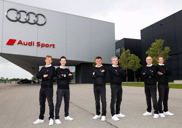Mattias Ekström, Emil Bergkvist, Lucas Cruz, Carlos Sainz, Stéphane Peterhansel y Edouard Boulanger