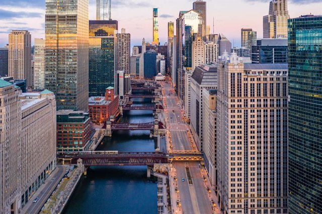 Archivo - 27 March 2020, US, Chicago: An aerial view of empty streets of Chicago due to the coronavirus pandemic. Photo: -/Amazing Aerial via ZUMA Wire/dpa
